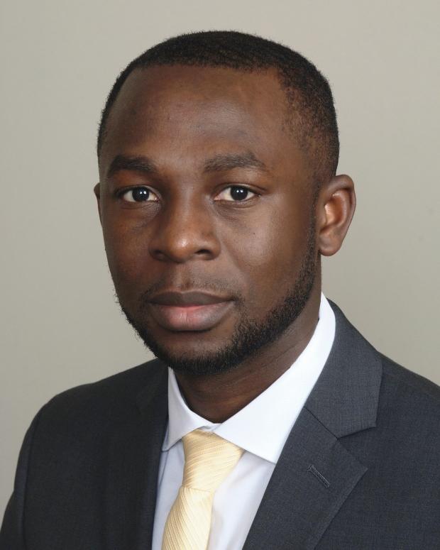 Transplant Fellow Dr. Clifford Akateh